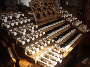 Weingarten_Basilika_Gabler-Orgel_Spieltisch